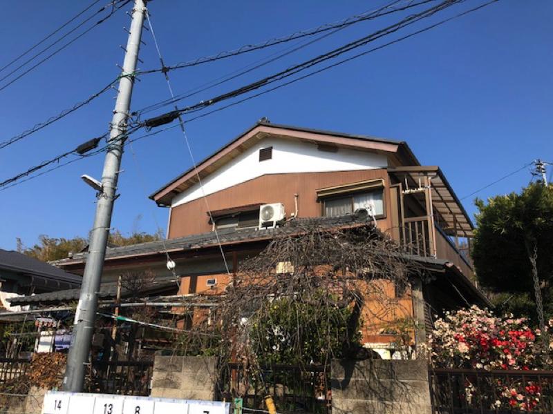 【千葉市若葉区東寺山】K様邸の外壁塗装工事と屋根塗装工事は 外壁クリアー仕上げになります