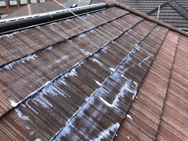 屋根下塗り工事