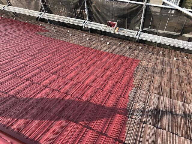 屋根中塗り工事
